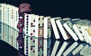 Domino Crunch